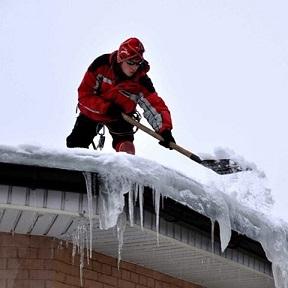 Скрепер для уборки снега snowxpert fiskars 143001
